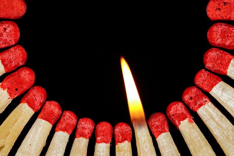 A light match